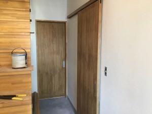 福岡市 H様邸 新築 内部塗装工事 建具 完了