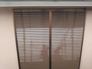 筑紫野市 塗装工事 K様邸 雨戸 塗装 上塗り 完了