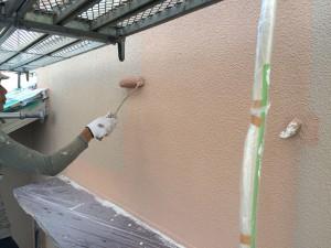 筑紫野市 K様邸 塗装工事 外壁 上塗り施工中