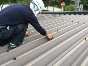 福岡市 中央区 塗装工事 S様邸 折半屋根 ケレン作業