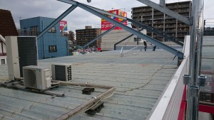 福岡県 那珂川町 塗装工事 JOYFI T折版屋根塗装 施工中
