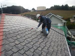 福岡県 基山町 M様邸 塗装工事 屋根 下塗り