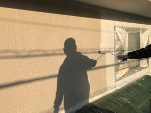 筑紫野市 塗装工事 下塗り施工中