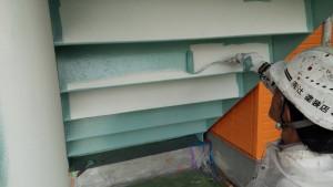 福岡県 粕屋郡 塗装工事 篠栗アパート 鉄骨階段 中塗り 施工中