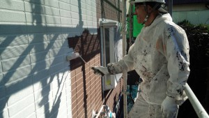 福岡県 塗装工事 篠栗アパート 外壁塗装 下塗り