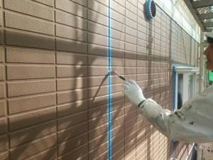 福岡県 粕屋郡 塗装工事 篠栗アパート シーリング工事 プライマー施工中