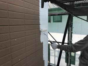 福岡県 久留米市 塗装工事 サイディング外壁 下塗り パーフェクトサーフ