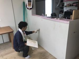 佐賀県 内部 壁 塗装工事 パテ下地処理 施工中