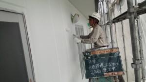 福岡県 糸島市 塗装工事 キリスト教会 ALC 外壁 下塗り 2回目 塗装 施工中