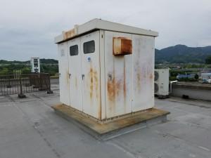 筑紫野市 運送会社 屋上 キューピクル 鉄部 塗装工事 施工前