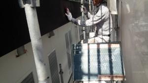 福岡県 糸島市 塗装工事 キリスト教会 庇 板金 塗装 ケレン 施工中