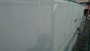 大野城市 A様 所有 テナント 塗装工事 ALC 外壁 塗装 マスチック工法 波型模様 下塗り 完了