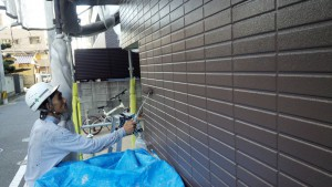 福岡県 福岡市 南区 アパート 塗装工事 ベルツ高宮 外壁下塗り 日本ペイント オーデフレッシュSi 2回目 上塗り