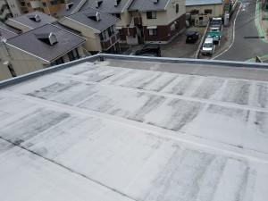 大野城市 レヴール筒井 屋上 防水工事 既存 ゴムシート防水 撤去 施工前