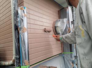 筑紫野市 H様邸 住宅 塗装工事 外壁 サイディング 塗装 上塗り 2回目 施工中