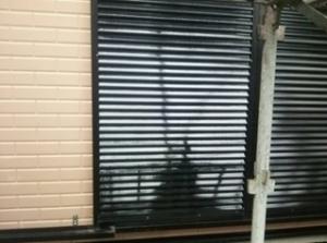 筑紫野市 H様邸 住宅 塗装工事 雨戸 板金 塗装 完了