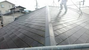 筑紫野市 A様邸 塗装工事 コロニアル屋根 高圧洗浄 施工中