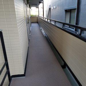 福岡市 南区 ベルツ高宮 共用通路 防滑性ビニル床シート 防水工事 完了