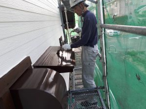 福岡県 小郡市 T様邸 塗装工事 板金 ファインパーフェクトトップ 上塗り