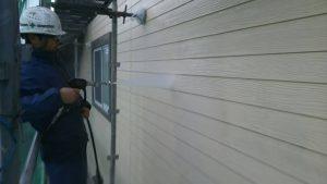 福岡県 小郡市 T様邸 塗装工事 外壁 高圧洗浄 施工中