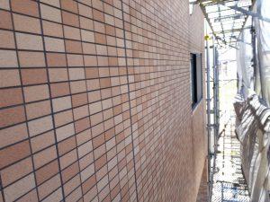 福岡県 粕屋郡 須恵町 アパート改修塗装工事 外壁 磁器タイル塗装 日本ペイント ファイングラシーSi 施工前