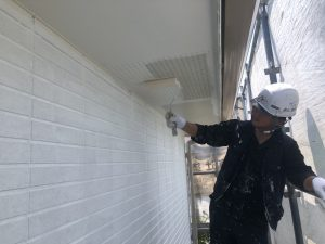 福岡県 小郡市 H様邸 住宅塗装工事 軒裏 天井 水性ケンエース 1回目