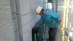 小郡市 塗装工事 Y様邸 下地調整作業 ケレン 目粗し 作業中