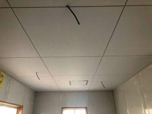 筑前町 ケイカル板 塗装工事 水性ケンエース 艶消し塗装仕上げ
