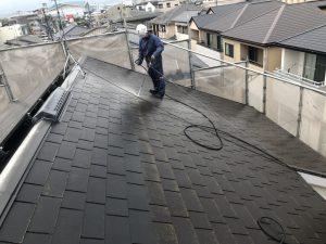 福岡市 早良区 N様邸 住宅塗装工事 コロニアル屋根 高圧洗浄 施工中