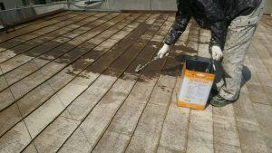 春日市オーナー I様所有物件 飯塚市 借家 屋根塗装工事 下塗り1回目