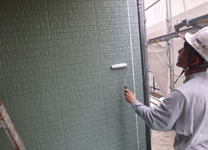 小郡市 M様邸 外壁塗装工事 下塗り 施工中