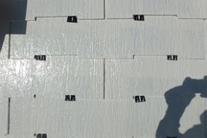 小郡市 M様邸 屋根塗装工事 縁切り工法 タスペーサー 取付状況