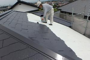 小郡市 M様邸 屋根塗装工事 サーモアイ4F 遮熱フッ素塗料 1回目